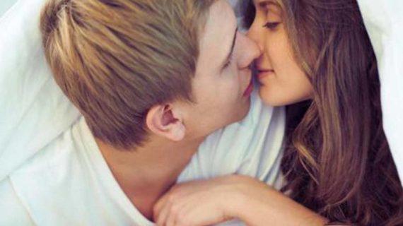 Manfaat Berciuman Setiap Hari Untuk Pasutri